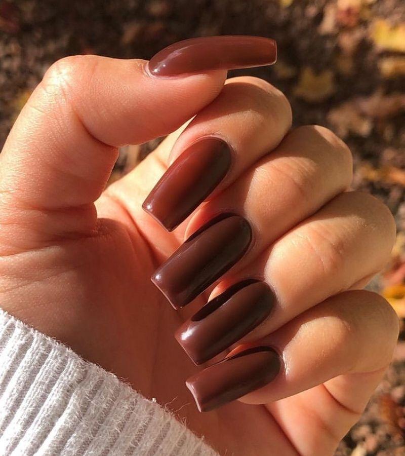 Plaid Brown as Simple Fall Nail Design