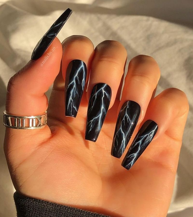 Stormy Nights as Cool Halloween Nail Designs